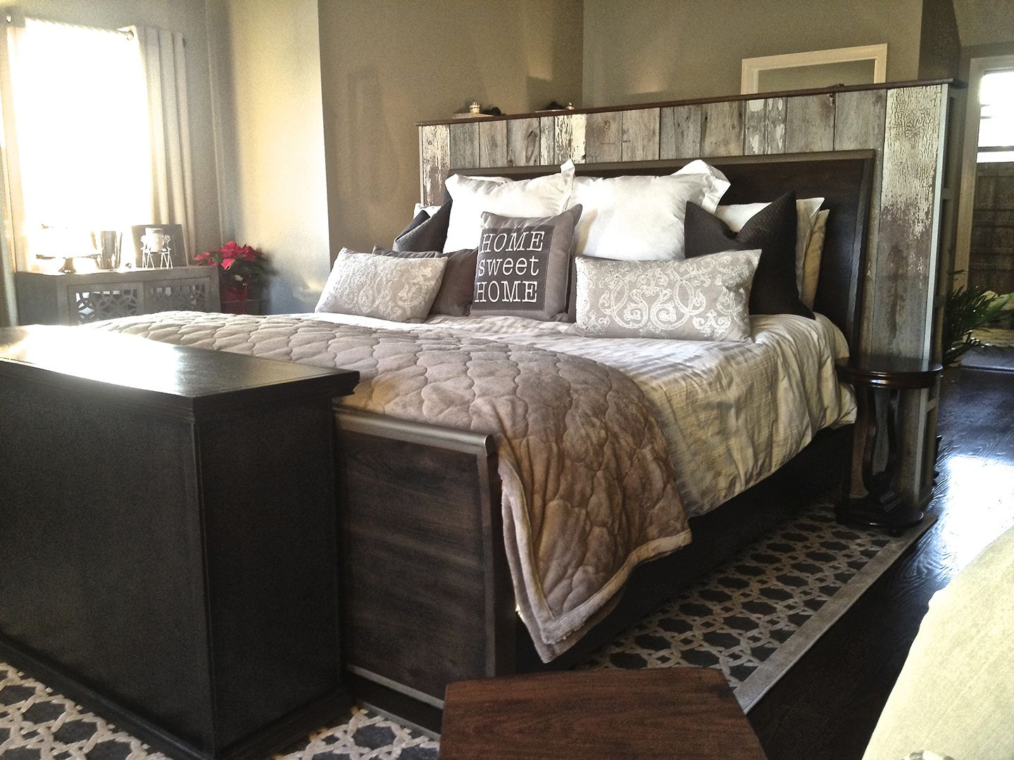 transitional sleigh bed