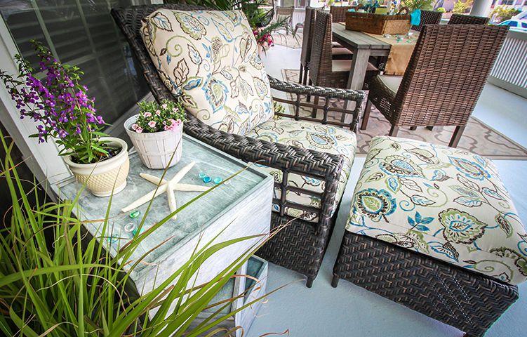 bayhead--cozy-chair-and-ottoman